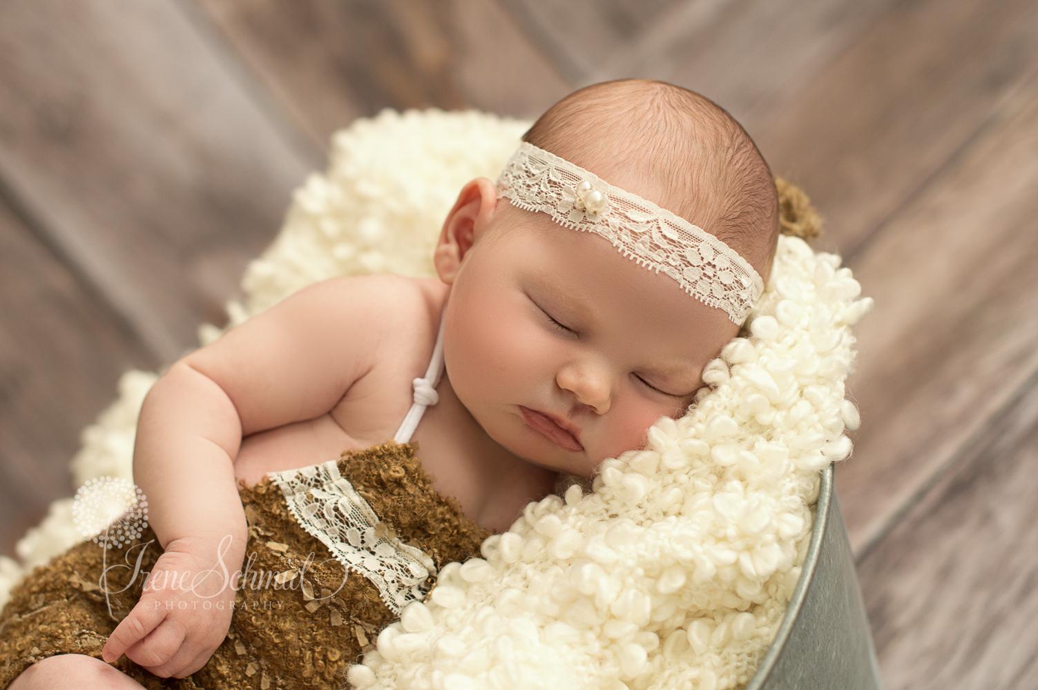 Newborn (1 von 1)-11