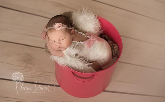 Malia 10 Tage jung – Babyfotografie in Winterthur