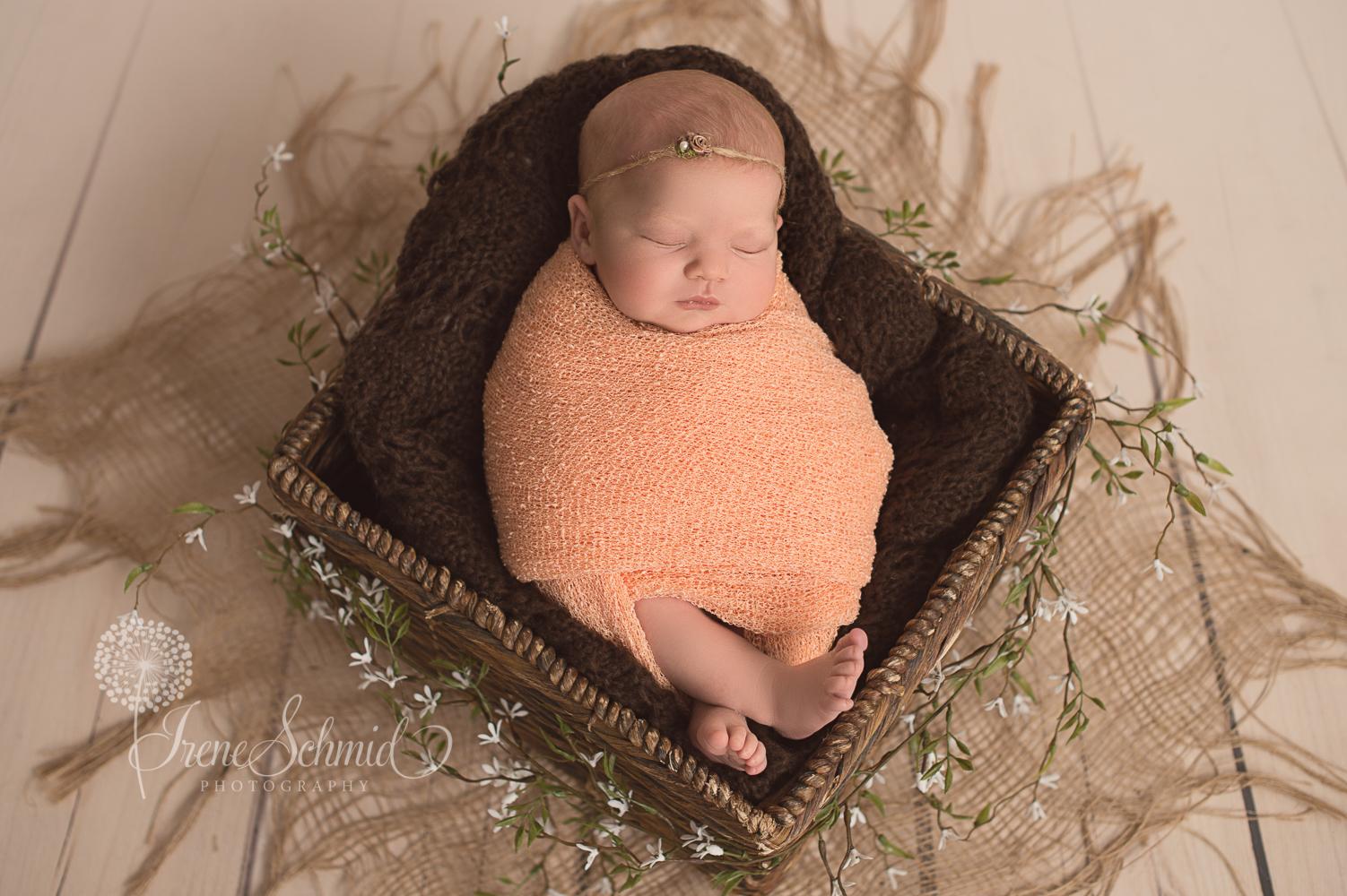 Luana - Newbornbilder - Fotostudio Winterthur