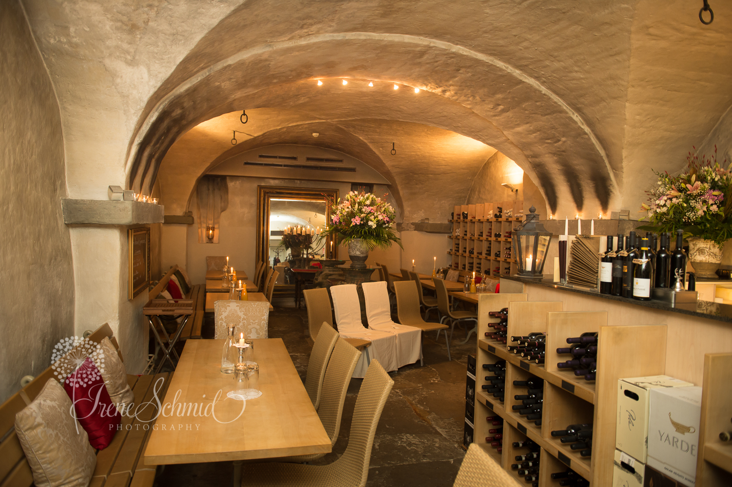 Das Ja-Wort in der Weinschenke in Zürich, Fotografin Irene Schmid (1 von 1)-3