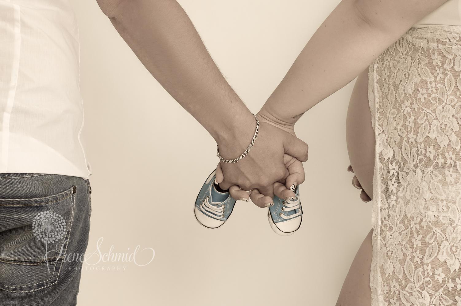 Fotos von der Schwangerschaft, Fotografin für Schwangerschaftsbilder in Winterthur